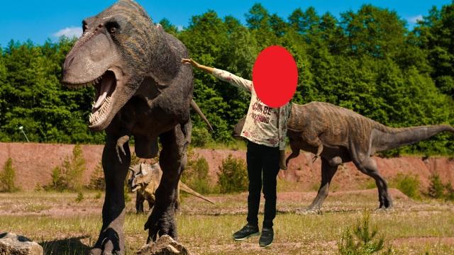 Dino_Schülerin_unkenntlich